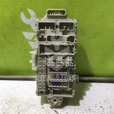 Блок предохранителей Mitsubishi Galant 8  EA 97-03