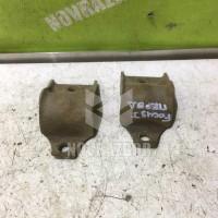 Кронштейн крепления переднего стабилизатора Ford Focus 1 1998-2004