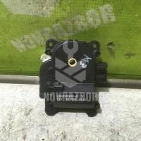 Моторчик привода заслонок отопителя Mazda Mazda 3  BK  02-09