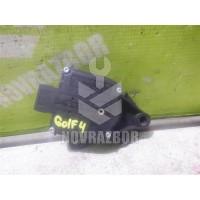 Моторчик заслонки отопителя VW Golf 4 Bora 97-05