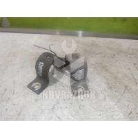 Кронштейн крепления переднего стабилизатора Chery QQ6 S21 07-10
