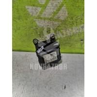 Моторчик привода заслонок отопителя Audi A6 C5  97-04