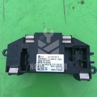 Резистор отопителя VW Golf 6 09-12
