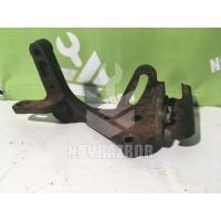 Кронштейн двигателя правый Hyundai Elantra 3  00-05