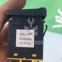 Кнопка противотуманки Audi 80  90  B3  86-91