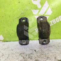 Кронштейн крепления переднего стабилизатора Audi 100 C4 91-94